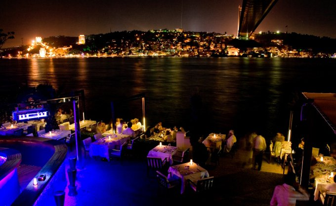 incentiveistanbul - lacivert romantik akşam yemeği